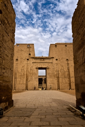 Temple-of-Edfu-2